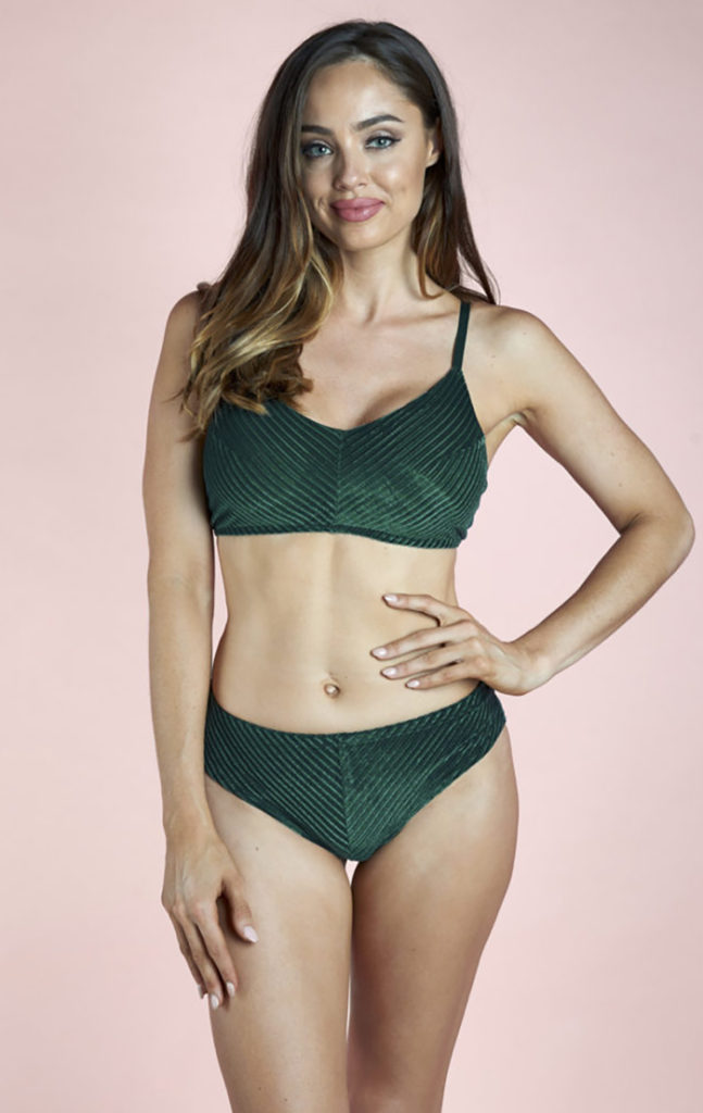 LANA LOW WAIST SHORTS EMERALD