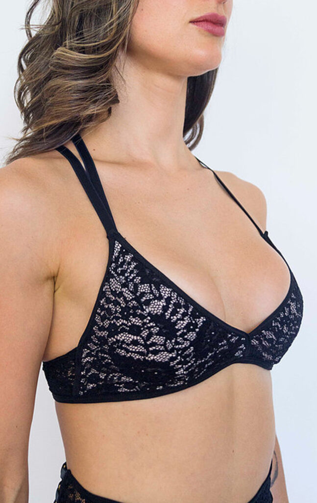 "TOP ""TEMPTATION"" BLACK LACE"